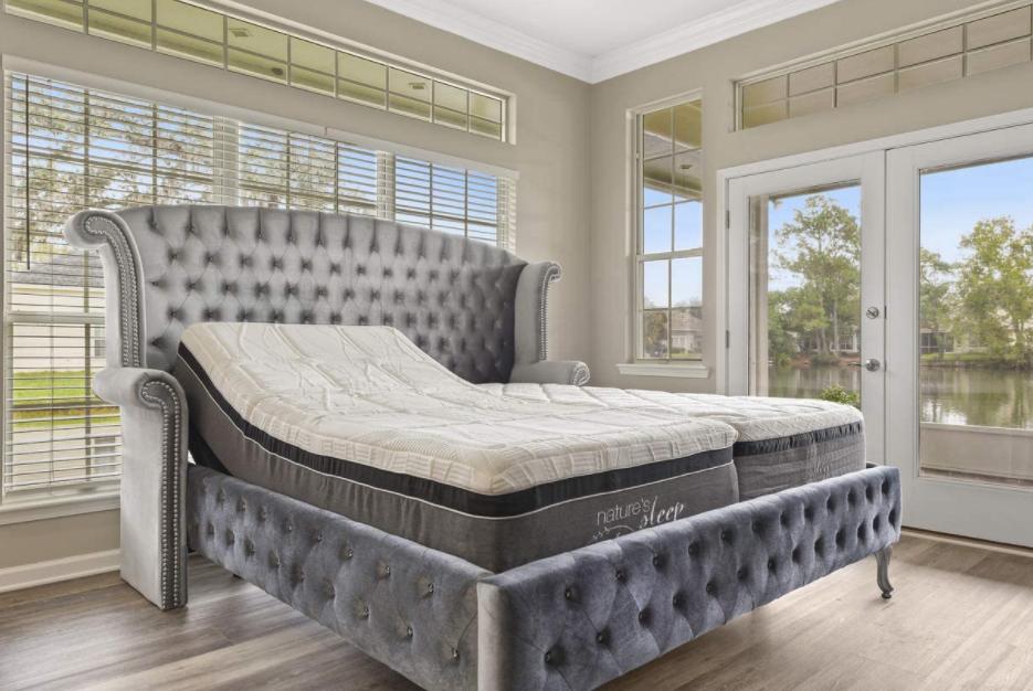 5 Best Adjustable Beds for Seniors - Leggett and Platt Prodigy