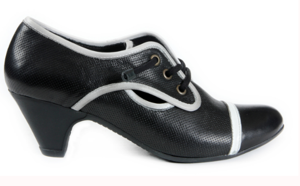 Life in the 1930s - Oxford Shoes